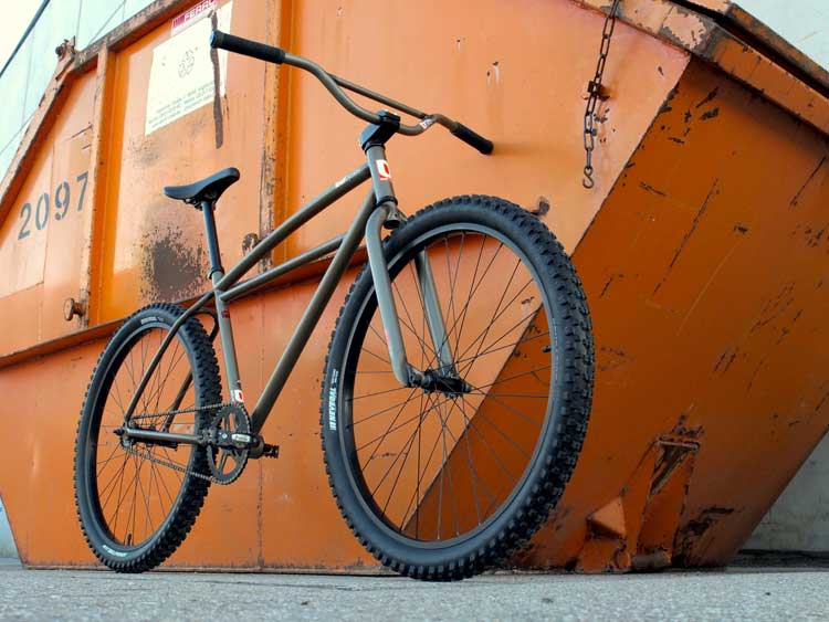 The leafcycles klunker has a classic shape, but it good modified to today standards. Those 650B tires run way smoother over rough terrain and give you massive grip.